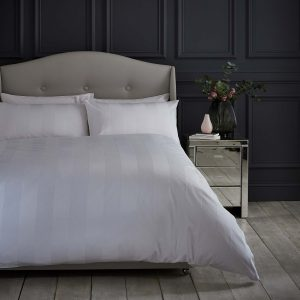 Silentnight Wide Sateen Stripe Duvet Set - White